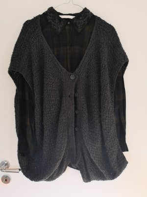 Strickjacke / Strickweste / Cardigan