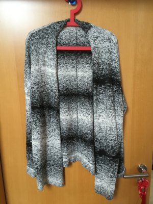Strickjacke von Bench