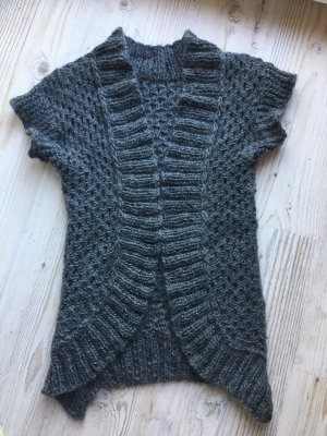 Handarbeit Short Sleeve Knitted Jacket grey-dark grey