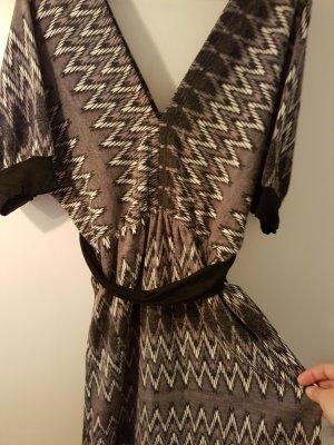 Swetrowa sukienka Wielokolorowy