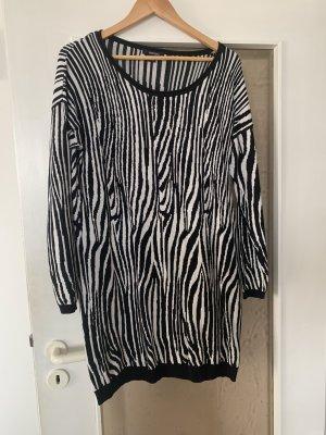 Esmara Knitted Dress white-black