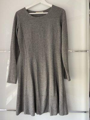 frc cashmere Gebreide jurk grijs