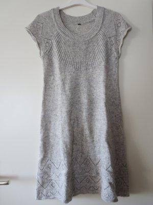Robe en maille tricotées gris clair laine