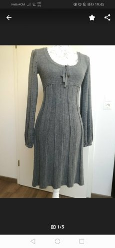 Strickkleid in grau