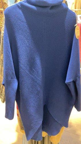 new collection Vestido de lana azul
