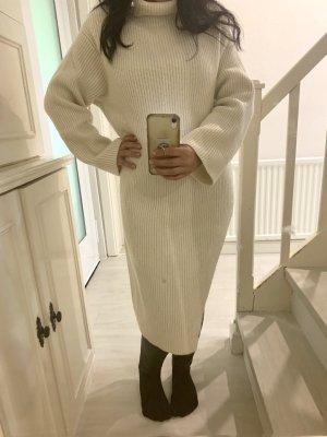 H&M Robe en maille tricotées blanc cassé