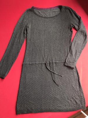 Robe en maille tricotées noir-blanc