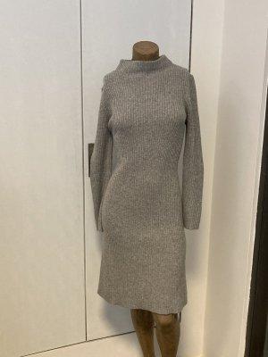 Uniqlo Abito di maglia grigio chiaro Poliammide