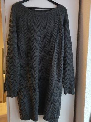 Vero Moda Robe en maille tricotées gris foncé