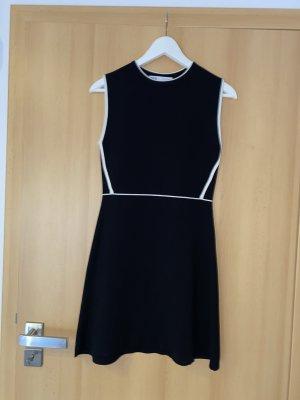 Zara Gebreide jurk zwart-wit