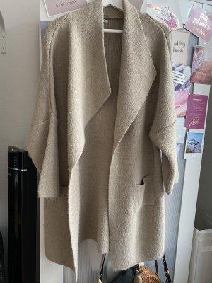Płaszcz z dzianiny camel-beżowy