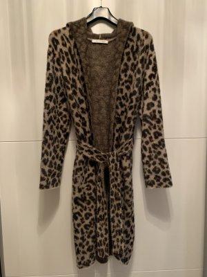 Strickmantel Leopard