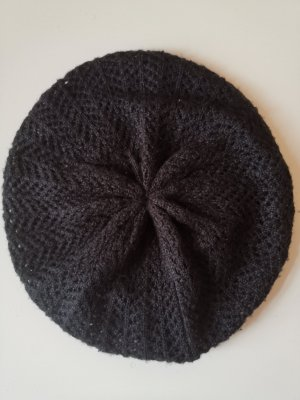 H&M Knitted Hat black