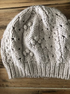 H&M Knitted Hat oatmeal