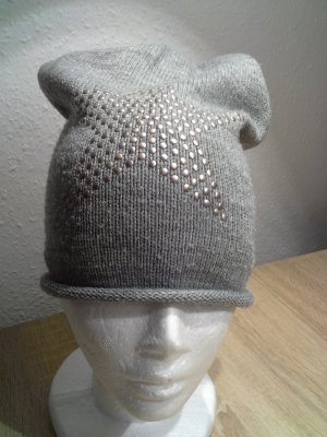 Knitted Hat silver-colored-light grey