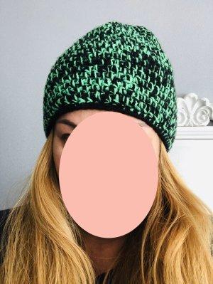 Cappello a maglia verde neon-nero