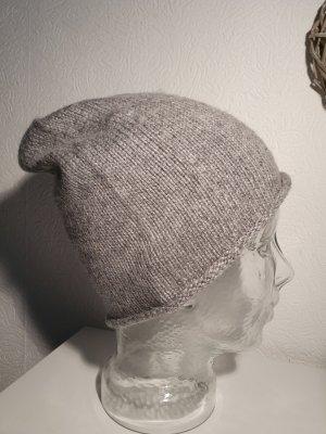 keine Cappello a maglia grigio-grigio chiaro Tessuto misto