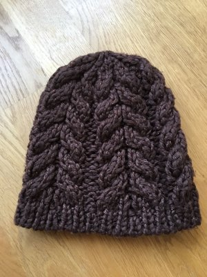 H&M Divided Knitted Hat dark brown-bronze-colored