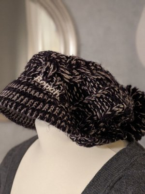 Bench Sombrero de punto blanco-azul oscuro