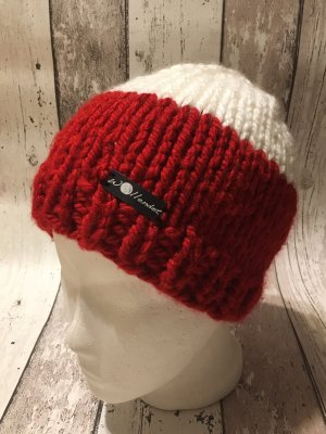 Knitted Hat white-red