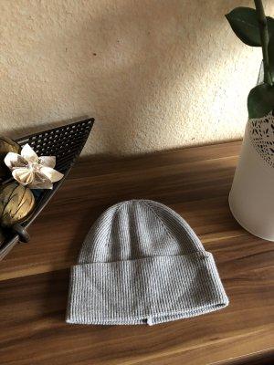 Comma Cappello a maglia grigio chiaro