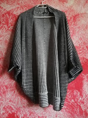 Blue Seven Poncho white-black