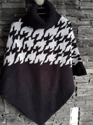 Comma Knitted Poncho black-natural white