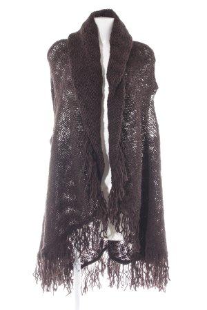 Poncho en tricot brun noir