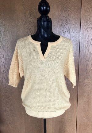 Pull tricoté jaune primevère