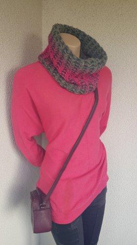 V Milano Maglione lavorato a maglia rosa