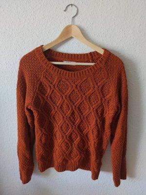 Strickpullover in warmem Orange