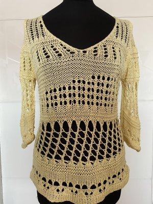 Szydełkowany sweter jasnożółty