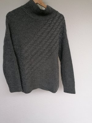Knitted Sweater silver-colored