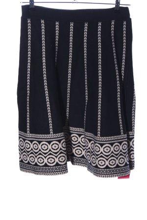 Knitted Skirt black-cream graphic pattern elegant