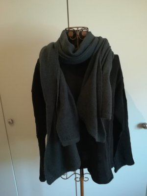 Knitted Scarf grey cotton