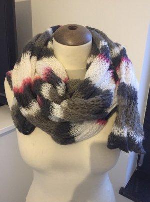 Sciarpa lavorata a maglia grigio-magenta