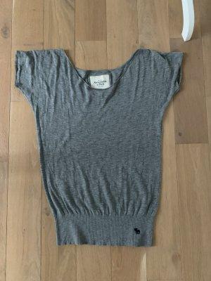 Strickshirt Oversize Look