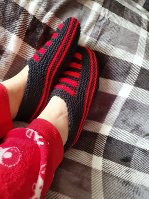 House Boots black-red