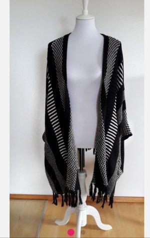 Object Gilet long tricoté blanc-noir