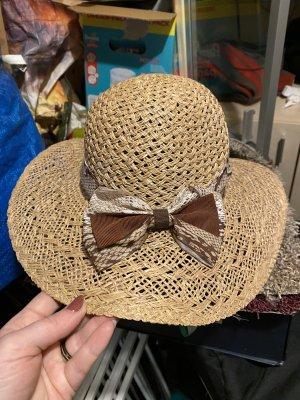 Chapeau de paille crème