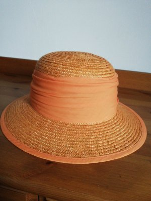 Straw Hat orange