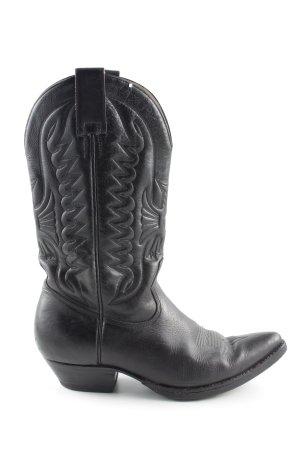 Botas estilo vaquero negro look casual