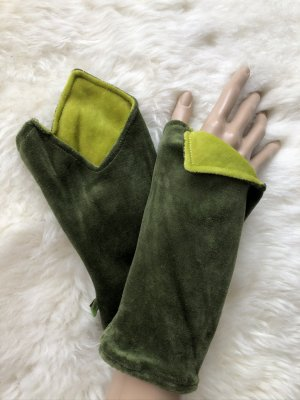 Handmade Scaldamuscoli verde scuro-verde prato Velluto