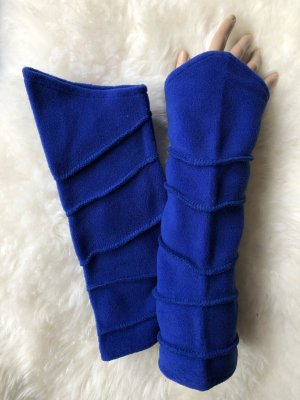 Stulpen Pulswärmer Fleece inkblau Länge 29 cm Ziernähte asymmetrischer Schnitt