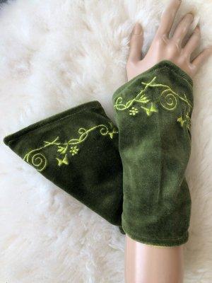 Handmade Manchetten khaki-weidegroen