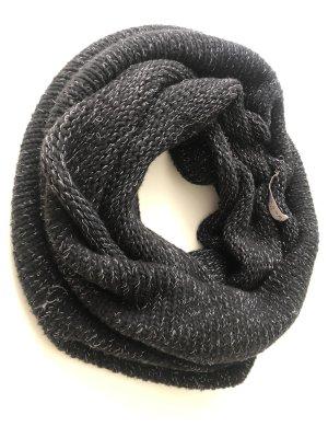 Stylesnob Woolen Scarf black-silver-colored