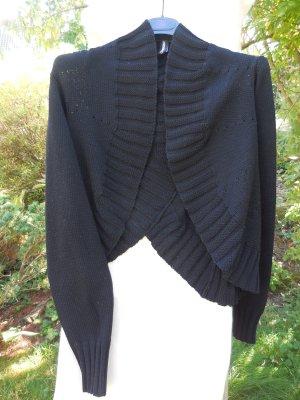 Stylische, ausgefallene Strickjacke, Rundholz, schwarz