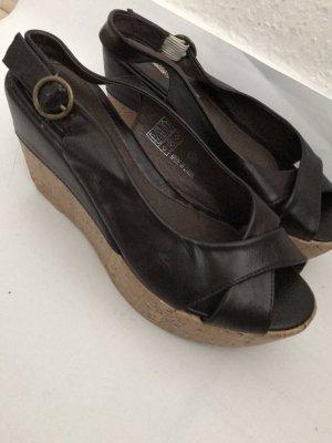 Buffalo Sandały na platformie ciemnobrązowy