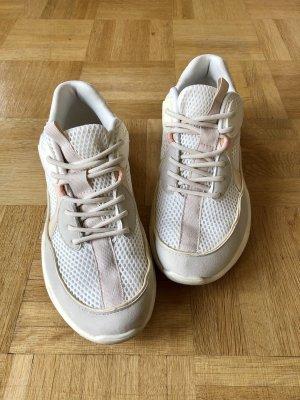 Stylische Chunky Sneaker von MANGO