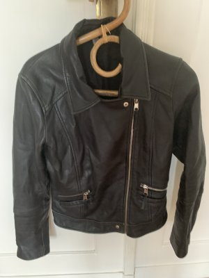 Stylische Lederjacke von Zara